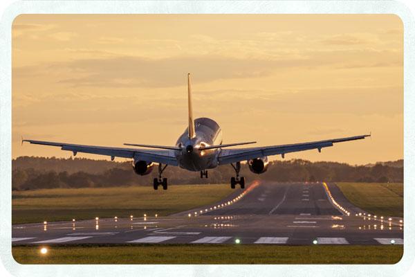 airplane-landing-1
